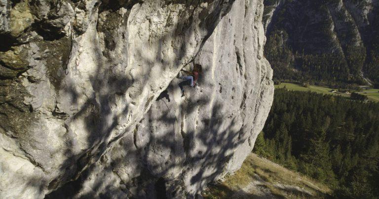 Great Lines: Chinesische Mauer, Puls 2000 Foto: Tirol Werbung, Johannes Mair   Climbers Paradise