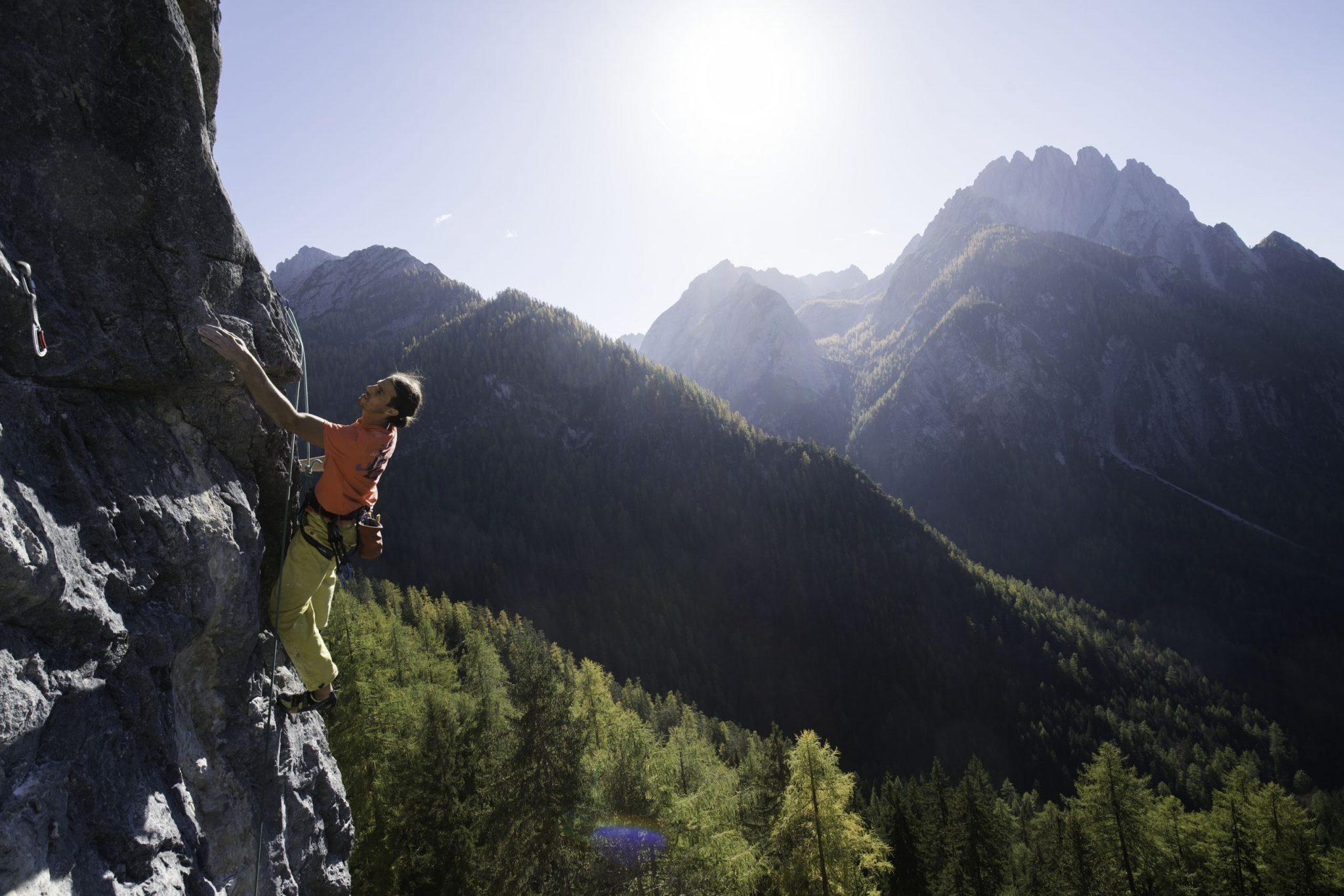 Klettern mit Aussicht nahe der Dolomitenhütte, Foto: Tirol Werbung, Johannes Mair | Climbers Paradise