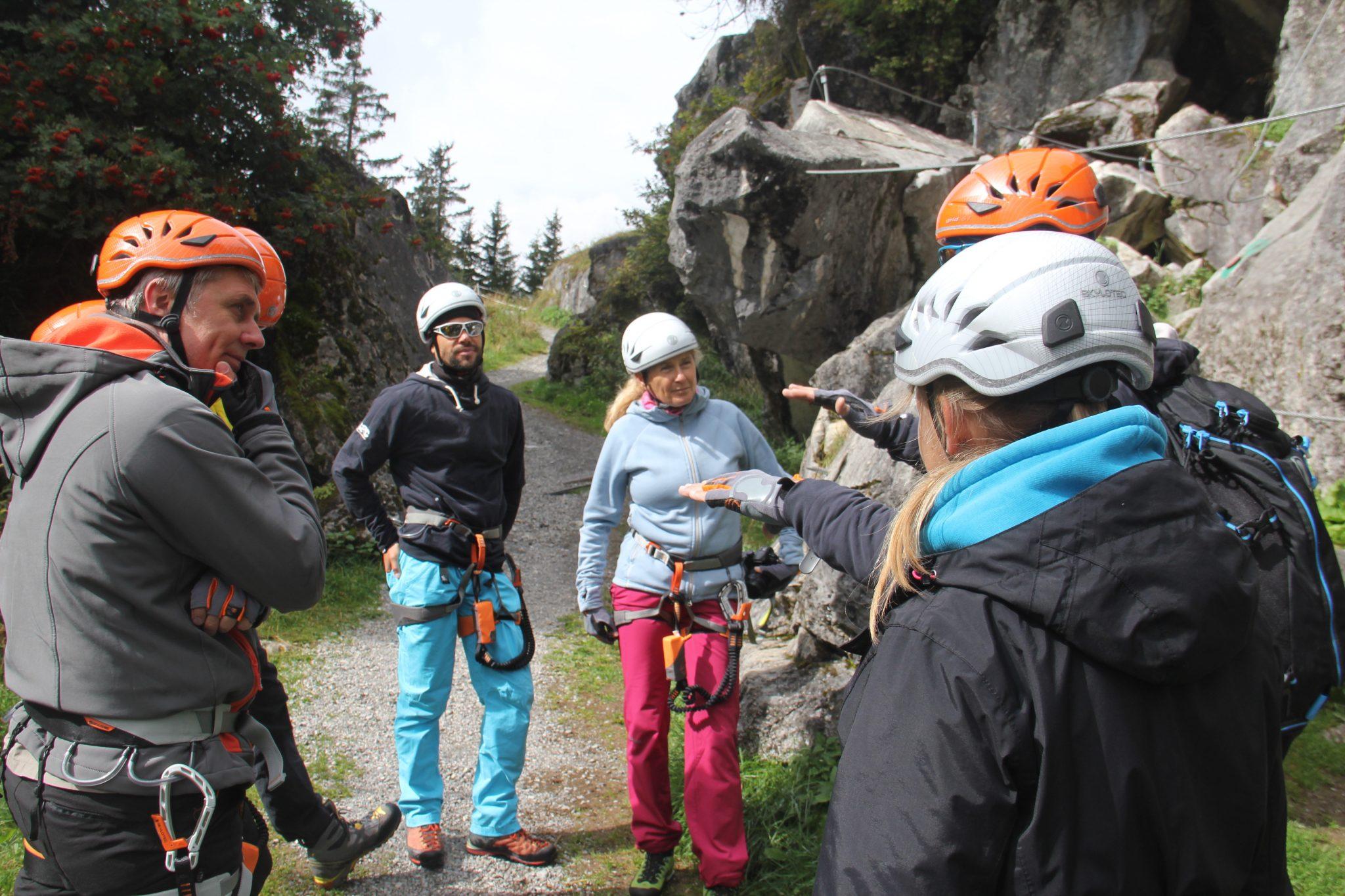 Praxisnah lernen bei den Klettersteigkursen, Foto: SAAC | Climbers Paradise