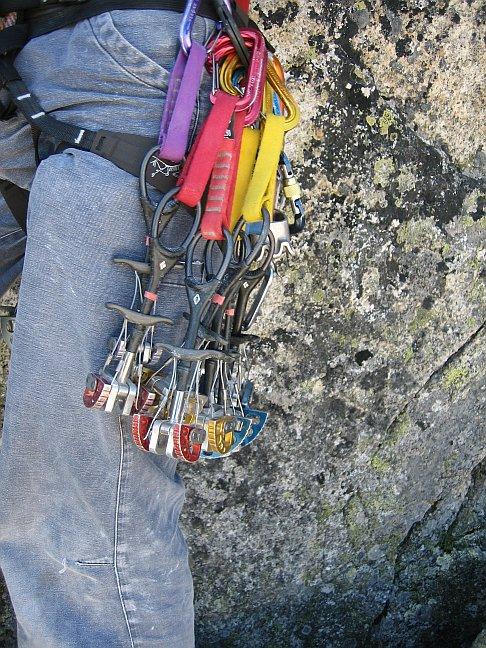 Mobile Sicherungsmittel, Tipps zum Alpinklettern von Climbers Paradise