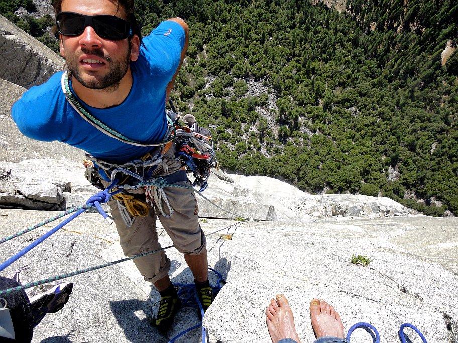 Am Standplatz, Tipps zum Alpinklettern von Climbers Paradise