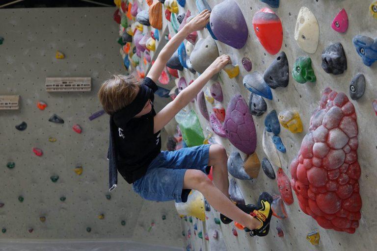 Blind Klettern als Kletterspiel | Climbers Paradise