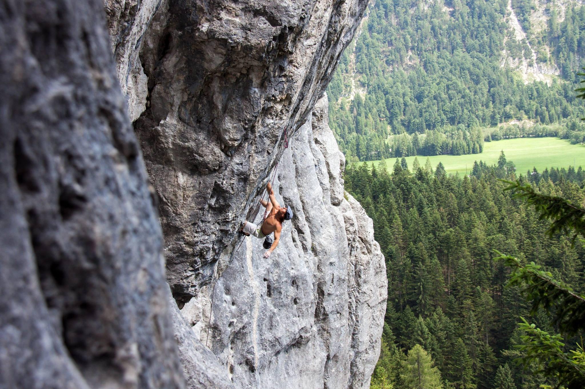 Klettergarten Chinesische Mauer, Bernie Ruech in Puls 2000 (7c+)