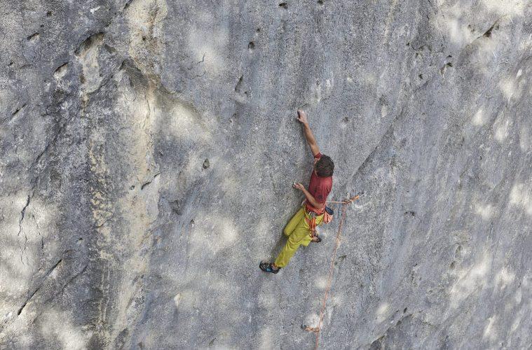 Klettern in der Route Number One bei den Schleierwasserfällen, Foto: Tirol Werbung, Michael Meisl | Climbers Paradise