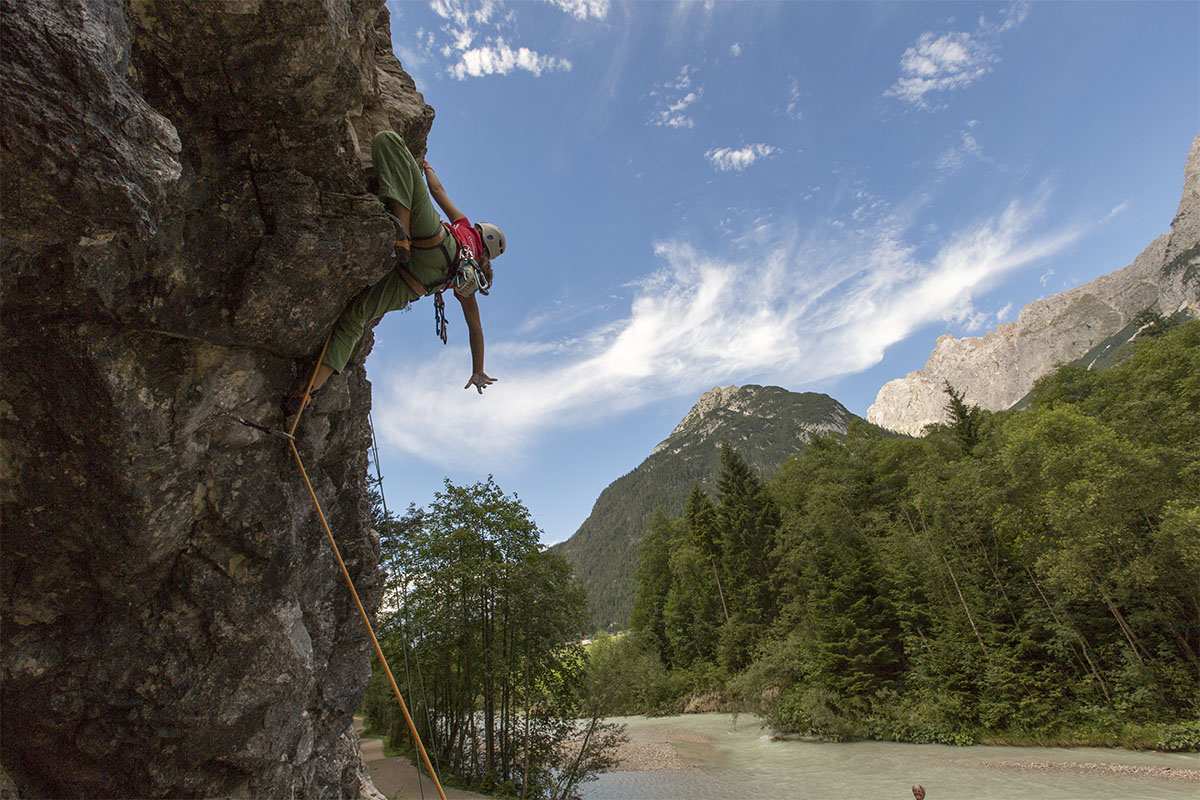 Familienklettern im Klettergarten Flämenwandl, Foto: Olympiaregion Seefeld, Mike Gabl | Climbers Paradise