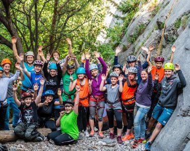 Jugendliche der Kraxlfreunde klettern an der Martinswand, Foto: SPORTUNION Tirol | Climbers Paradise
