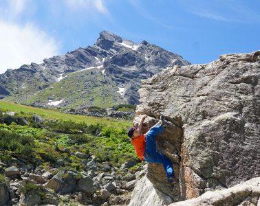 Die Ballunspitze mit dem Klettersteig im Hintergrund   Climbers Paradise