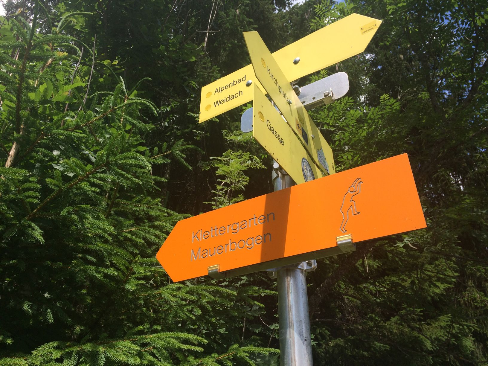 Hinweisschilder in der Olympiaregion Seefeld | Climbers Paradise