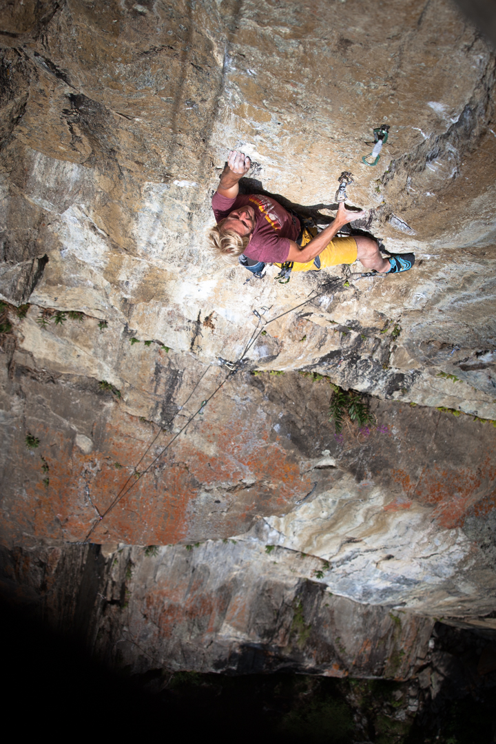 Albert Leichtfried beim Klettern, Foto: Tobias Attenberger | Climbers Paradise