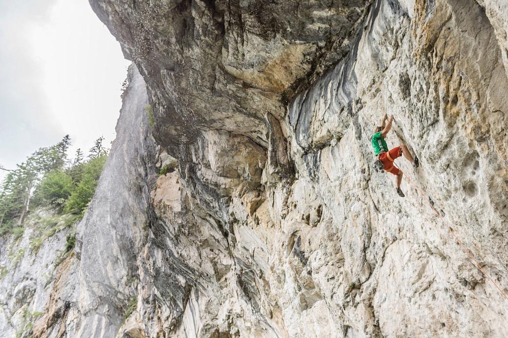 Klettern beim Schleierwasserfall, Foto: Daniel Reiter, Peter von Felbert, TVB Wilder Kaiser | Climbers Paradise
