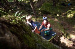 Bouldern mit der ganzen Familie in Mandlers Boden im Pitztal, Foto: Tobias Attenberger | Climbers Paradise