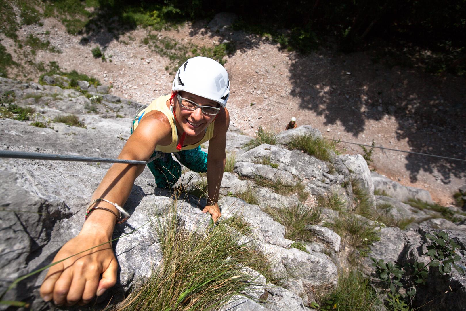 Edith Scheinecker beim Klettern, Foto: Tobias Attenberger   Climbers Paradise