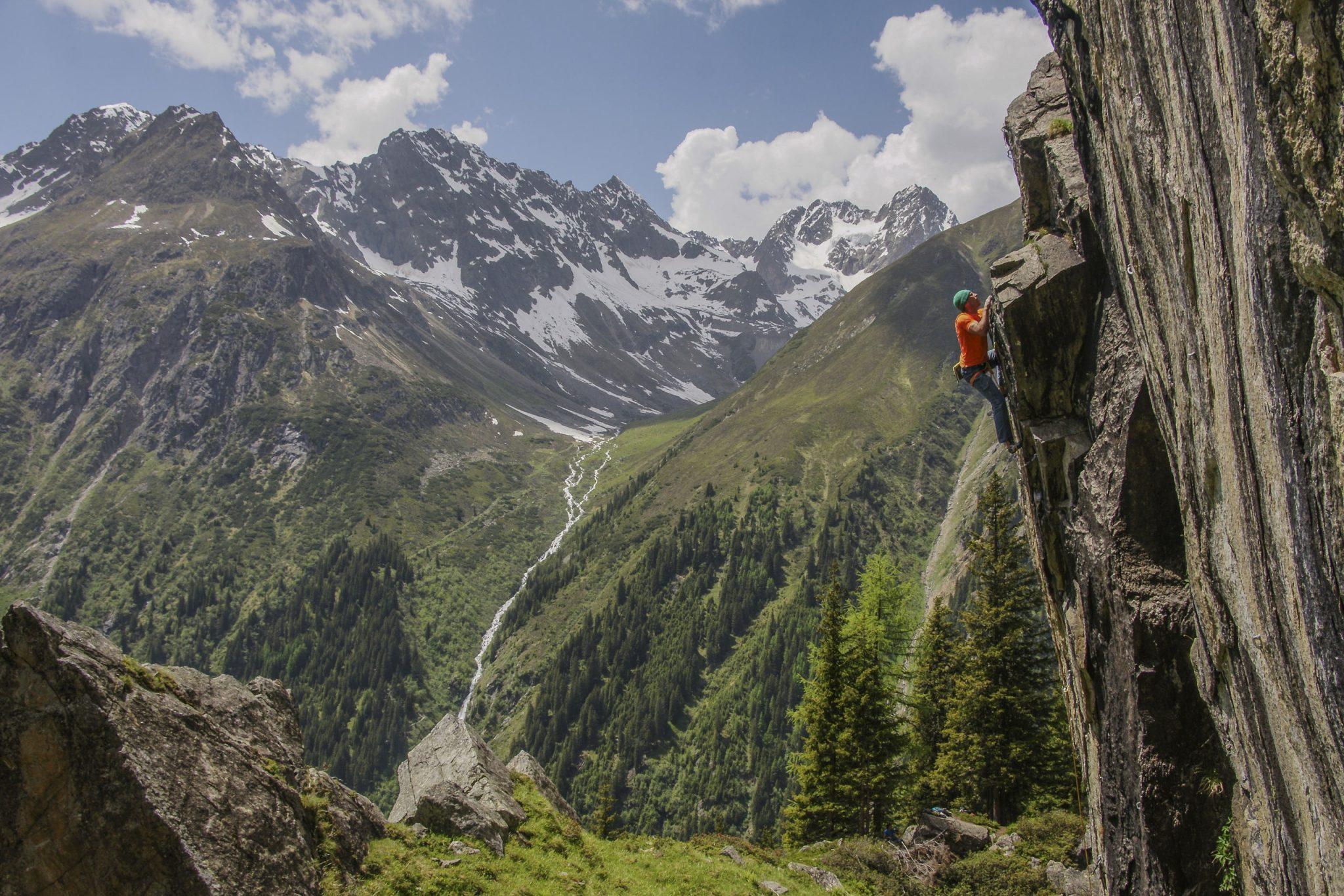 Ausblick vom Hexenkessel, Foto: TVB Pitztal, Benedikt Falbesoner | Climbers Paradise
