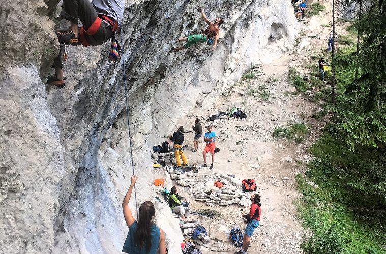 Viel los am Götterwanld bei Nassereith   Climbers Paradise