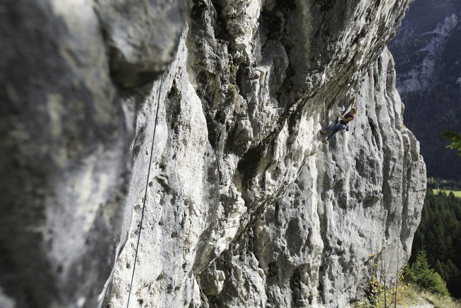 Die Route Puls 2000 an der Chinesischen Mauer, Foto: Tirol Werbung, Johannes Mair | Climbers Paradise