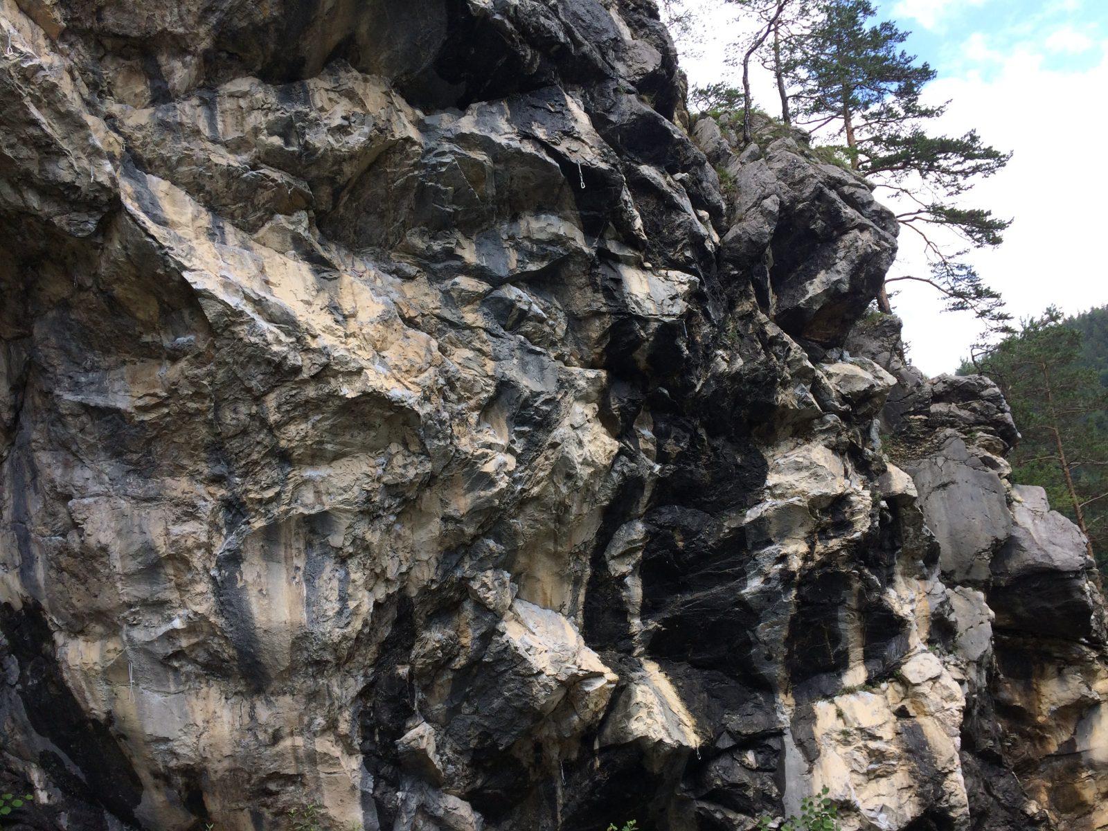 Der Fels im Klettergebiet Hanger | Climbers Paradise