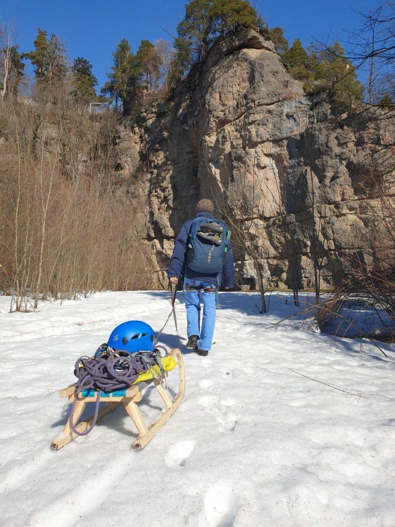 Auf zum Höttinger Steinbruch bei Innsbruck, Foto: Simon Schöpf | Climbers Paradise