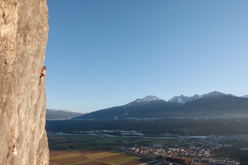 Die Martinswand bei Innsbruck, beim Grottenwandl, Foto: Simon Schöpf | Climbers Paradise