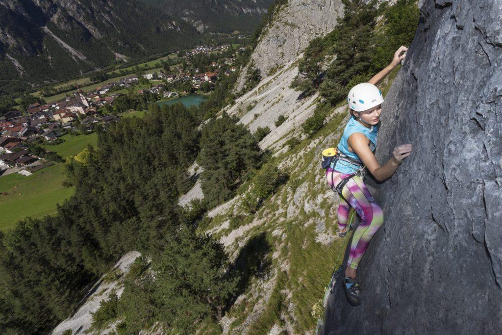 Klettern, Materialtests, Wettbewerbe und Freizeit-Aktivitäten beim Klettern Imst Festival, Foto: Günter Durner | Climbers Paradise
