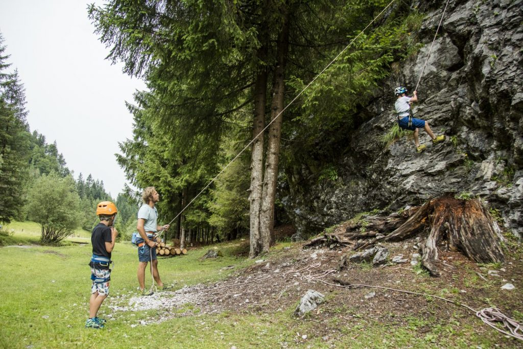 Klettern beim Halsergrund, Foto: Defrancesco | Climbers Paradise