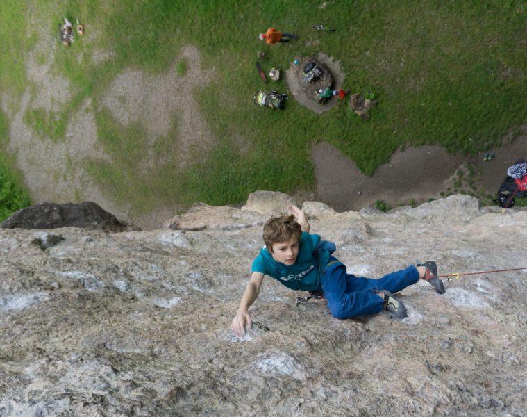 Jonas Bader am Höttinger Steinbruch   Climbers Paradise