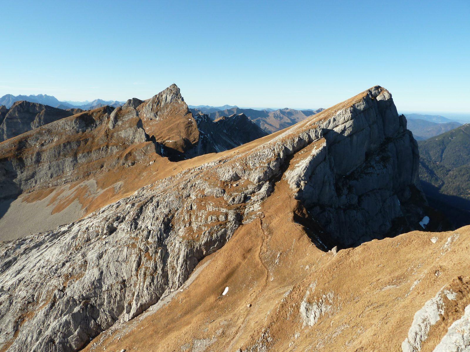 Der 5-Gipfel-Klettersteig im Rofan kombiniert sportliche Herausforderung und Bergerlebnis. Foto: Christina Schwann | Climbers Paradise