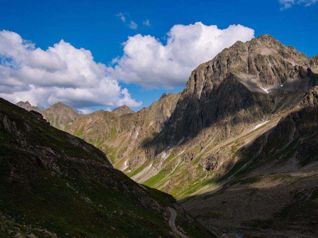 Ruhig ist es hier im oberen Moostal, in dem sich die Darmstädter Hütte befindet I Climbers Paradise