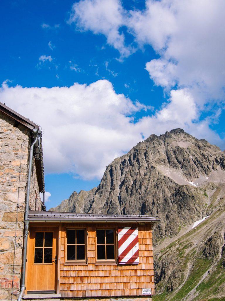 Die Klettergärten befinden sich in unmittelbarer Nähe der Hütte I Climbers Paradise