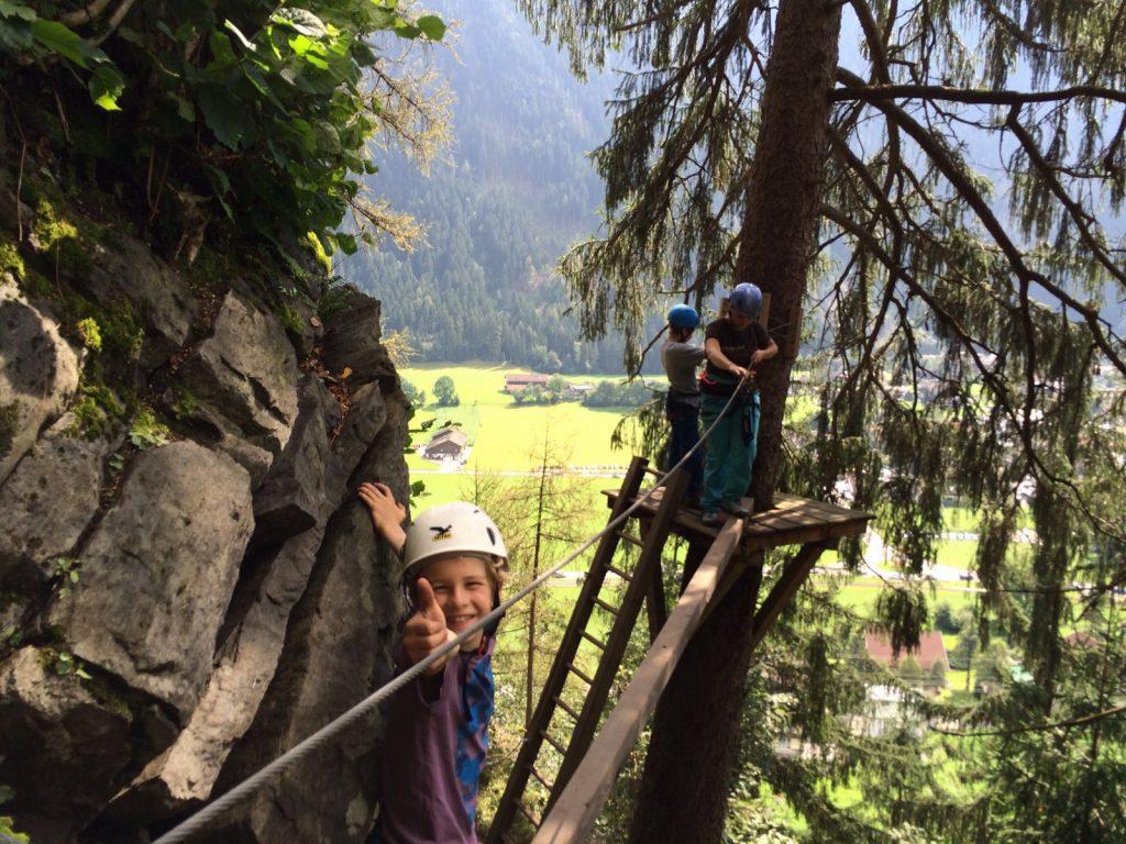 Kindgerechter Klettersteig | Climbers Paradise