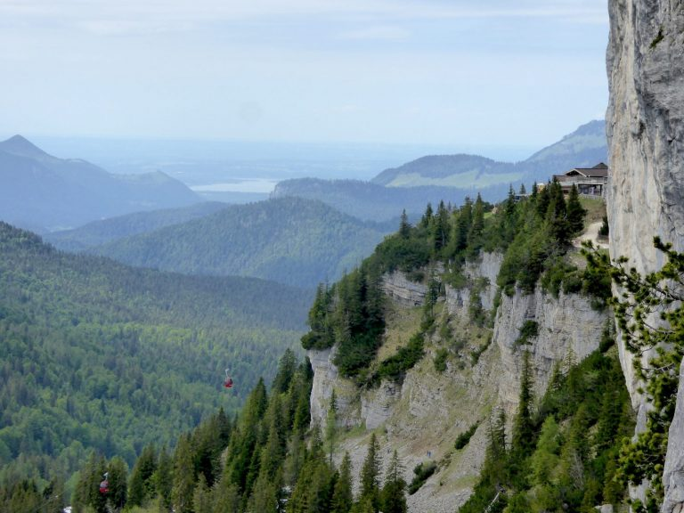 Ausblick von der Weidringer Steinplatte, Foto: Bonnie Klingler   Climbers Paradise