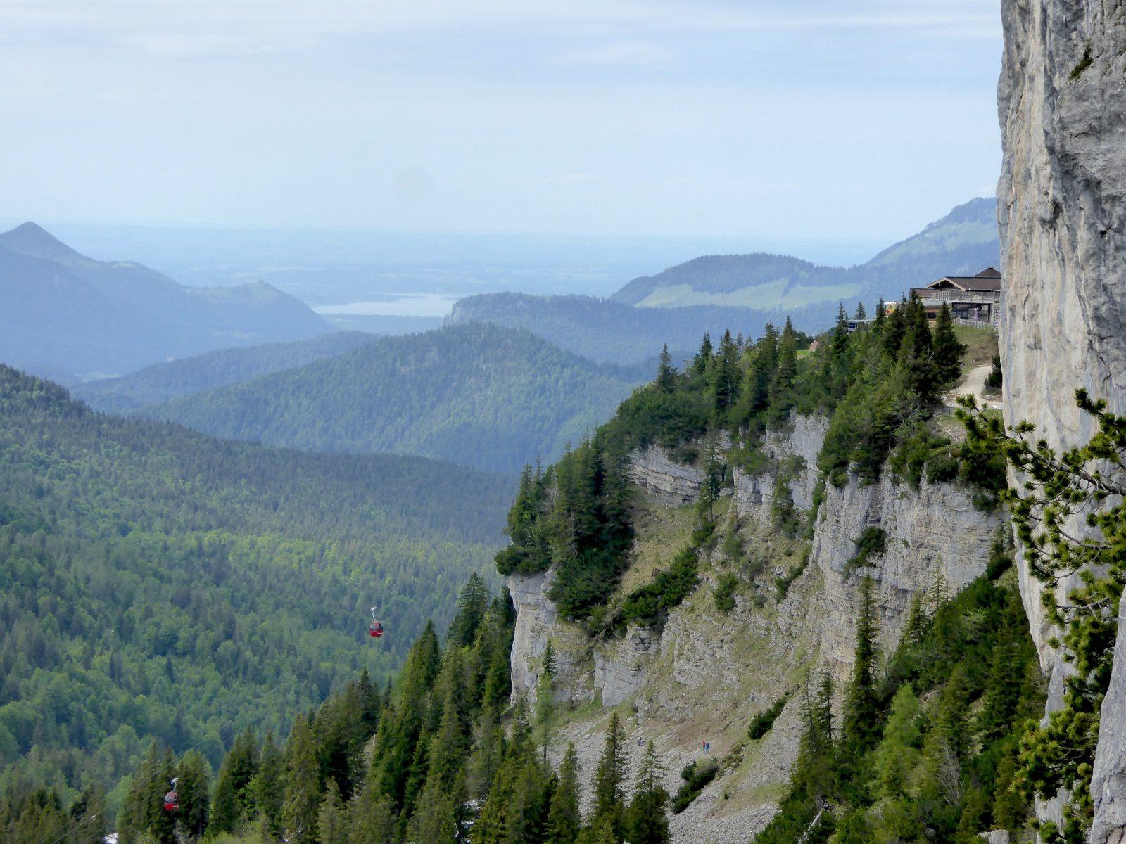 Ausblick von der Weidringer Steinplatte, Foto: Bonnie Klingler | Climbers Paradise