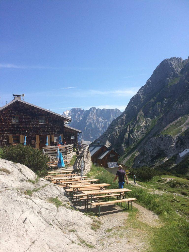 Die Coburger Hütte | Climbers Paradise