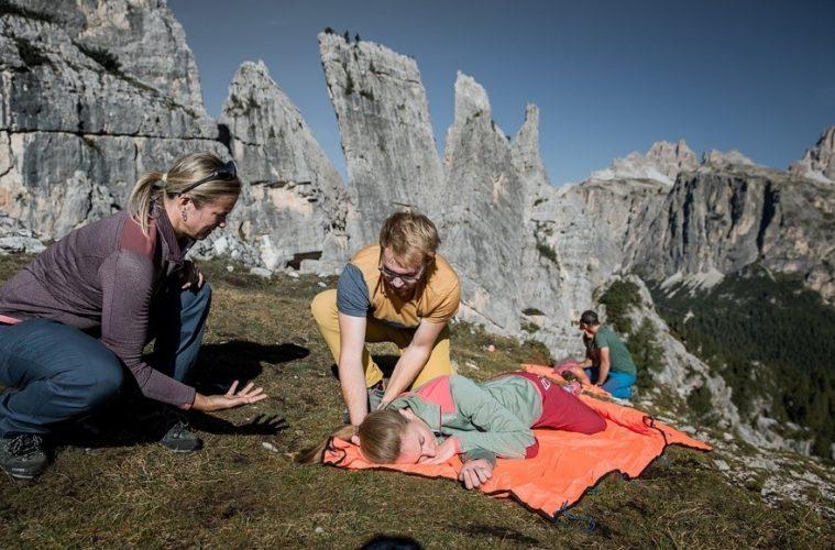 Erste Hilfe am Berg: Reanimation und stabile Seitenlage, Foto: Hansi Heckmair | Climbers Paradise