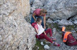 Erste Hilfe bei einer Schulterverletzung, Foto: Hansi Heckmair   Climbers Paradise