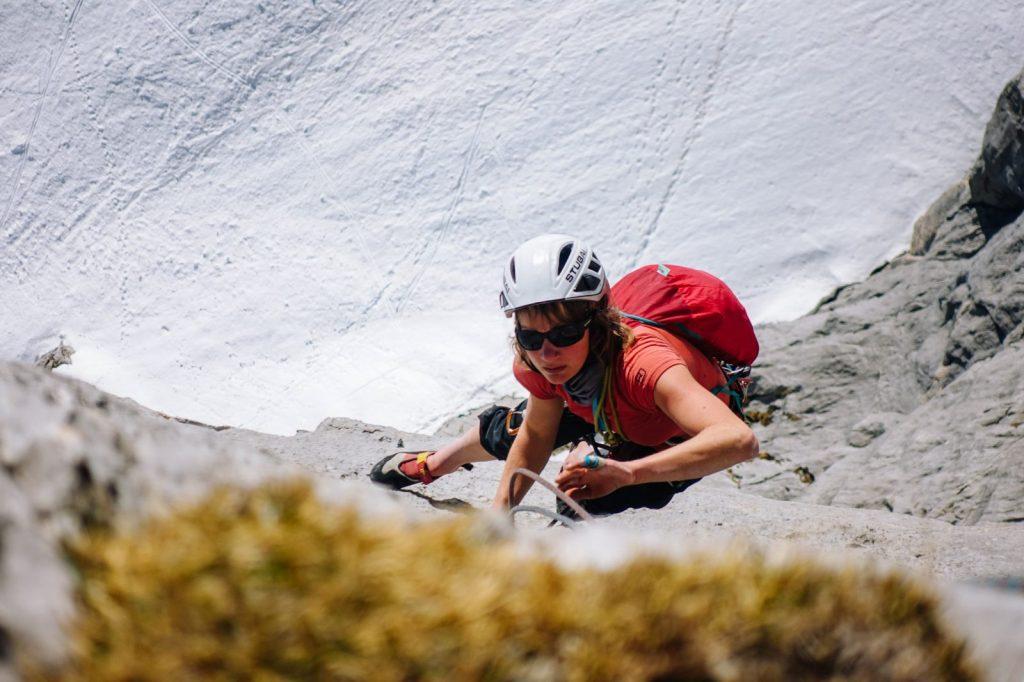 Ein warmes Klettervergnügen an der sonnigen Südwand mitten im Hochwinter, Foto: Simon Schöpf | Climbers Paradise