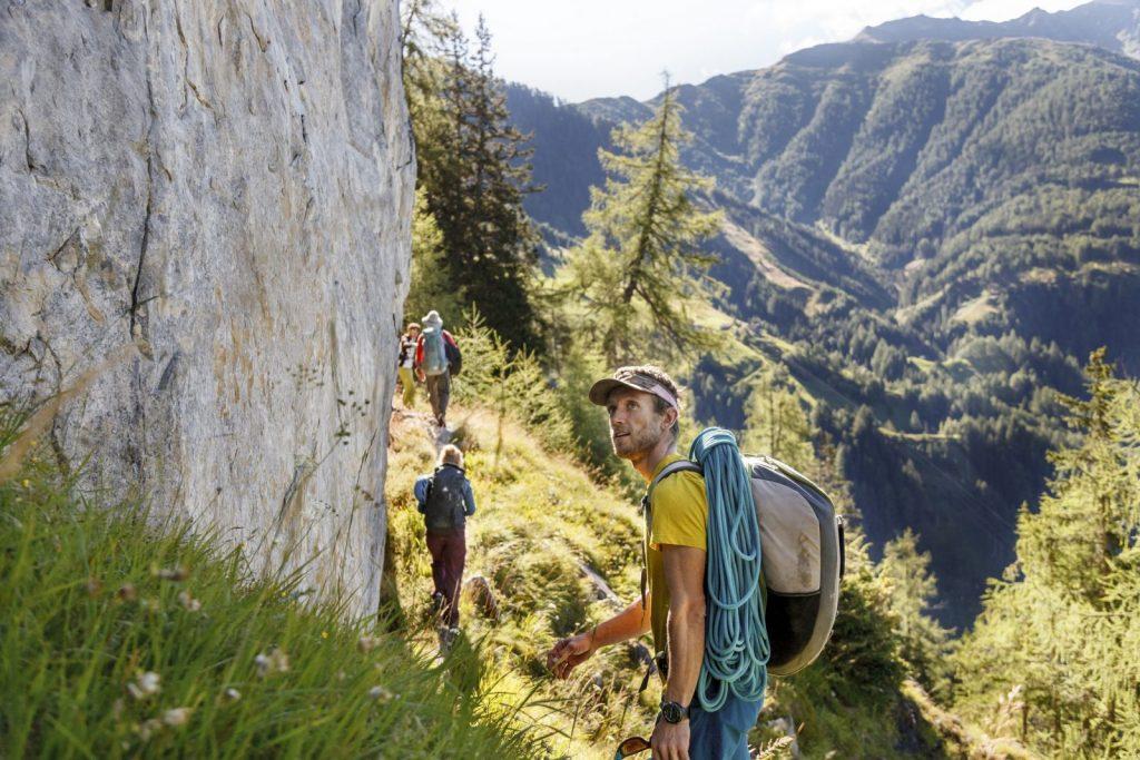 Selbst Singlekletterer sind selten allein , Foto: Tirol Werbung, Robert Pupeter | climbers paradise