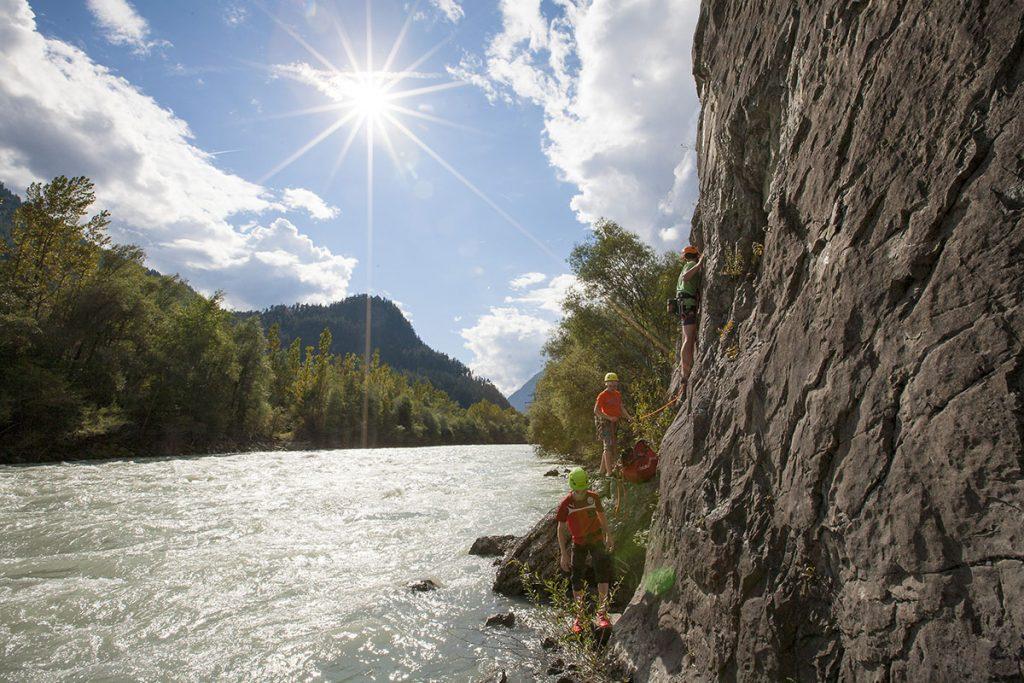 "Mike Gabl, Schönes Ambiente im Klettergarten Starkenbach, Sektor ""Am Inn"", Foto: Mike Gabl | Climbers Paradise"