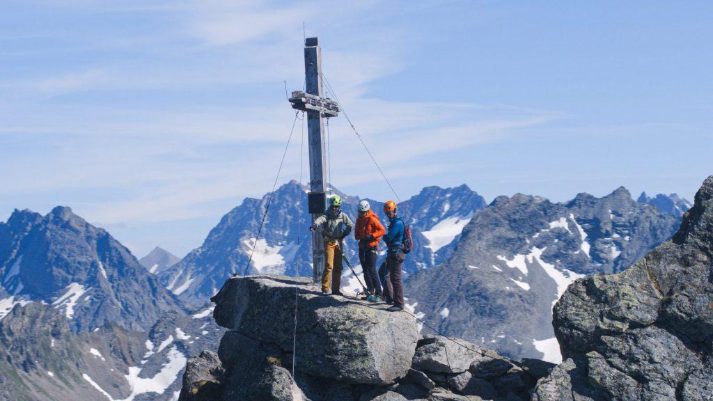 Klettersteigtutorial-Ausrüstung, Bekleidung, Foto: Alpsolut, Österreichischer Alpenverein | Climbers Paradise