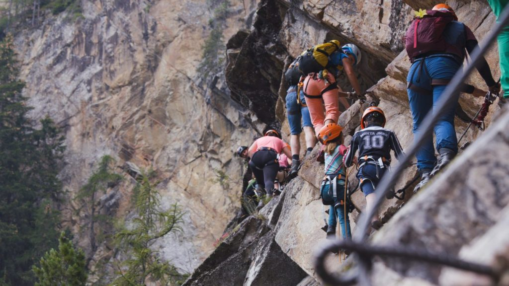 Klettersteigtutorial - Unterwegs, stark frequentiert, Foto: Alpsolut, Österreichischer Alpenverein | Climbers Paradise