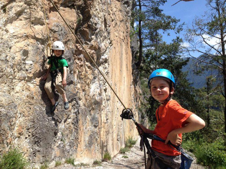 Kinder-Kletterausrüstung, Foto: Matthias Bader   Climbers Paradise