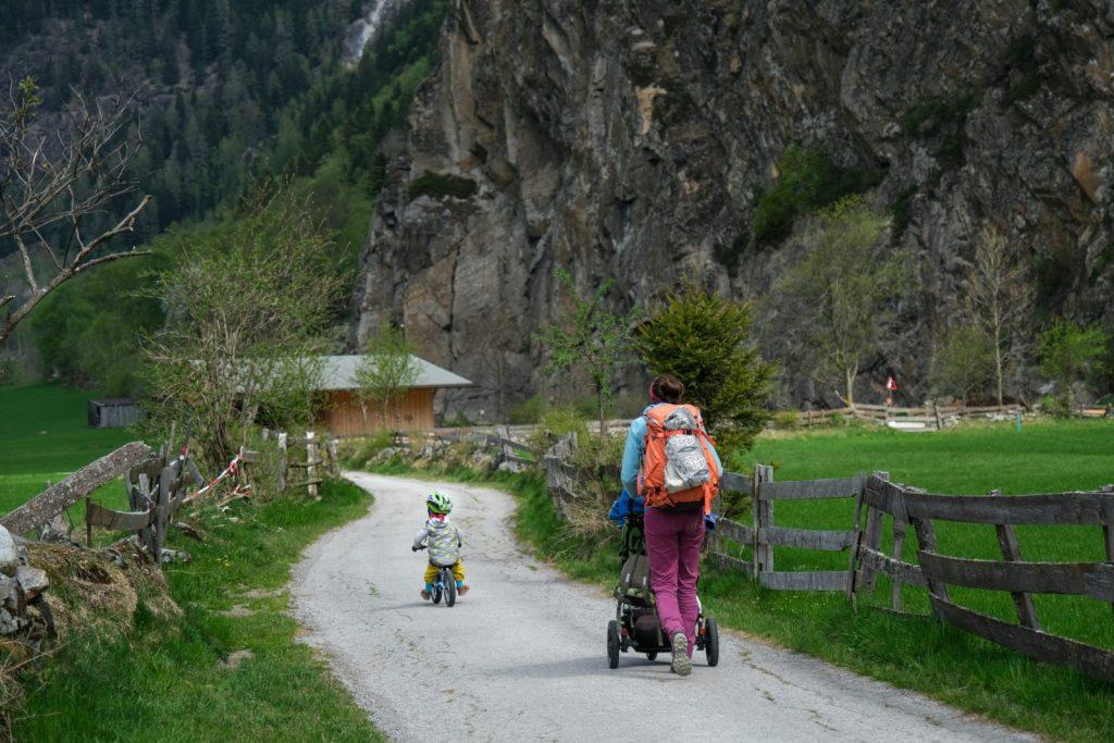 Engelswand, Ötztal. Familienfreundliches Klettern. Foto: Simon Schöpf | Climbers Paradise
