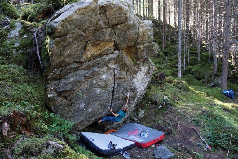 Bouldern mit Kindern, Foto: Matthias Bader   Climbers Paradise
