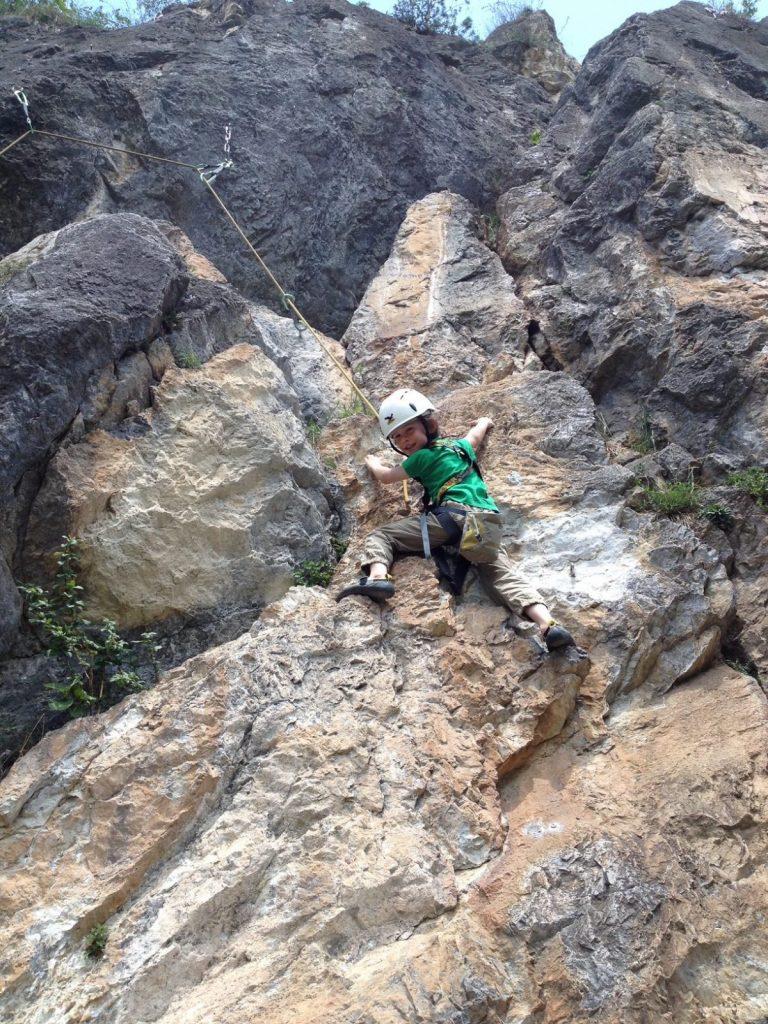 Klettern mit Kindern - leicht geneigte Routen, Foto: Matthais Bader | Climbers Paradise