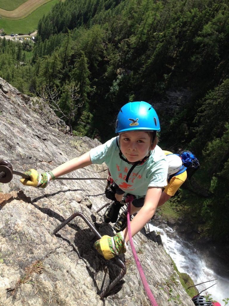 Klettersteig mit Kindern - kinngerechte Ausrüstung, Foto: Matthias Bader |Climbers Paradise