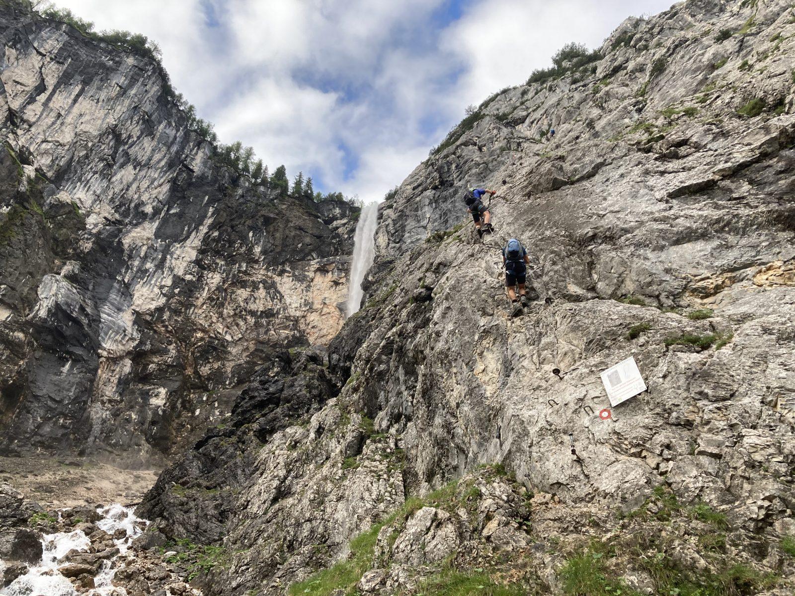 Ehrwalder Klettersteigrunde - Einstieg Seeben Klettersteig; Foto: Susa Schreiner | Climbers Paradise