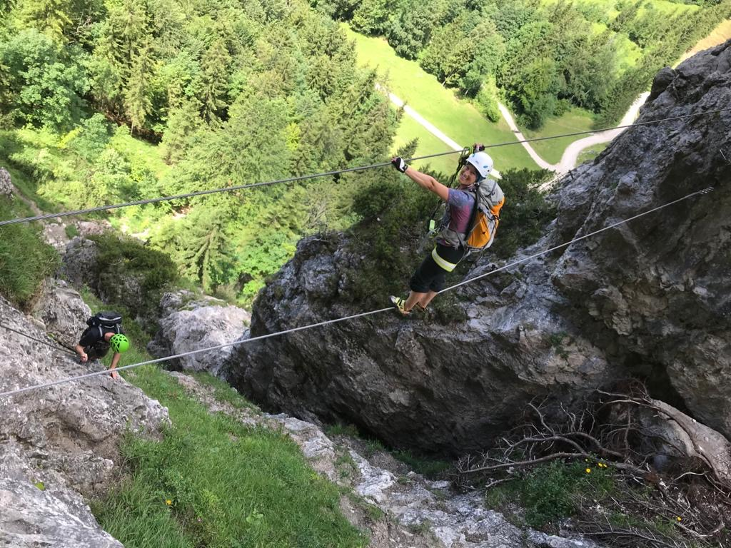 Erste Seilbrücke im Bergkameradensteig, Foto: Susa Schreiner |Climbers Paradise