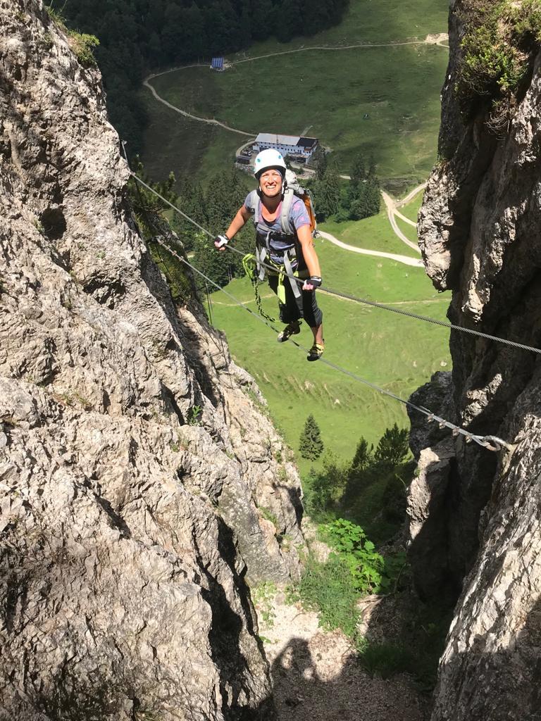 """Seilbrücke """"Schluchtenscheisserl"""" im Bergkameradensteig, Foto: Susa Schreiner  Climbers Paradise"""