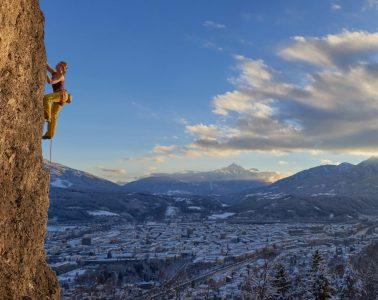 Klettergarten Höttinger Steinbruch über Innsbruck. Foto: Michael Meisl