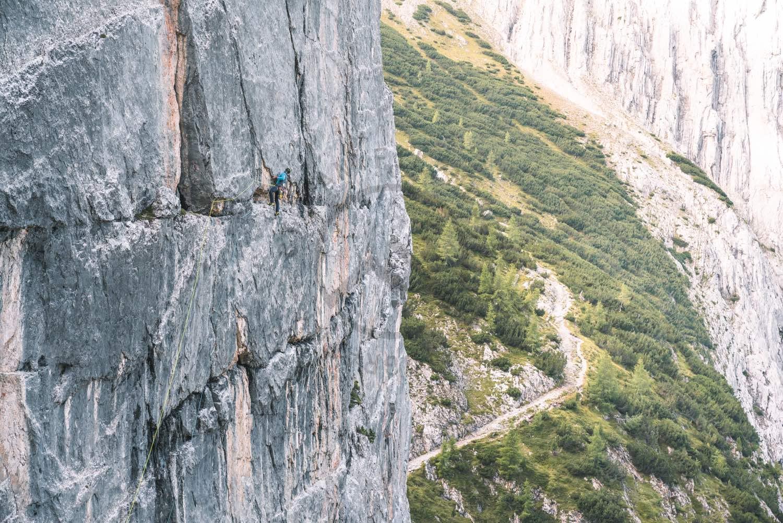 In der 3. Seillänge der Tschechenplatte, Foto: Stefan Filzmoser |Climbers Paradise