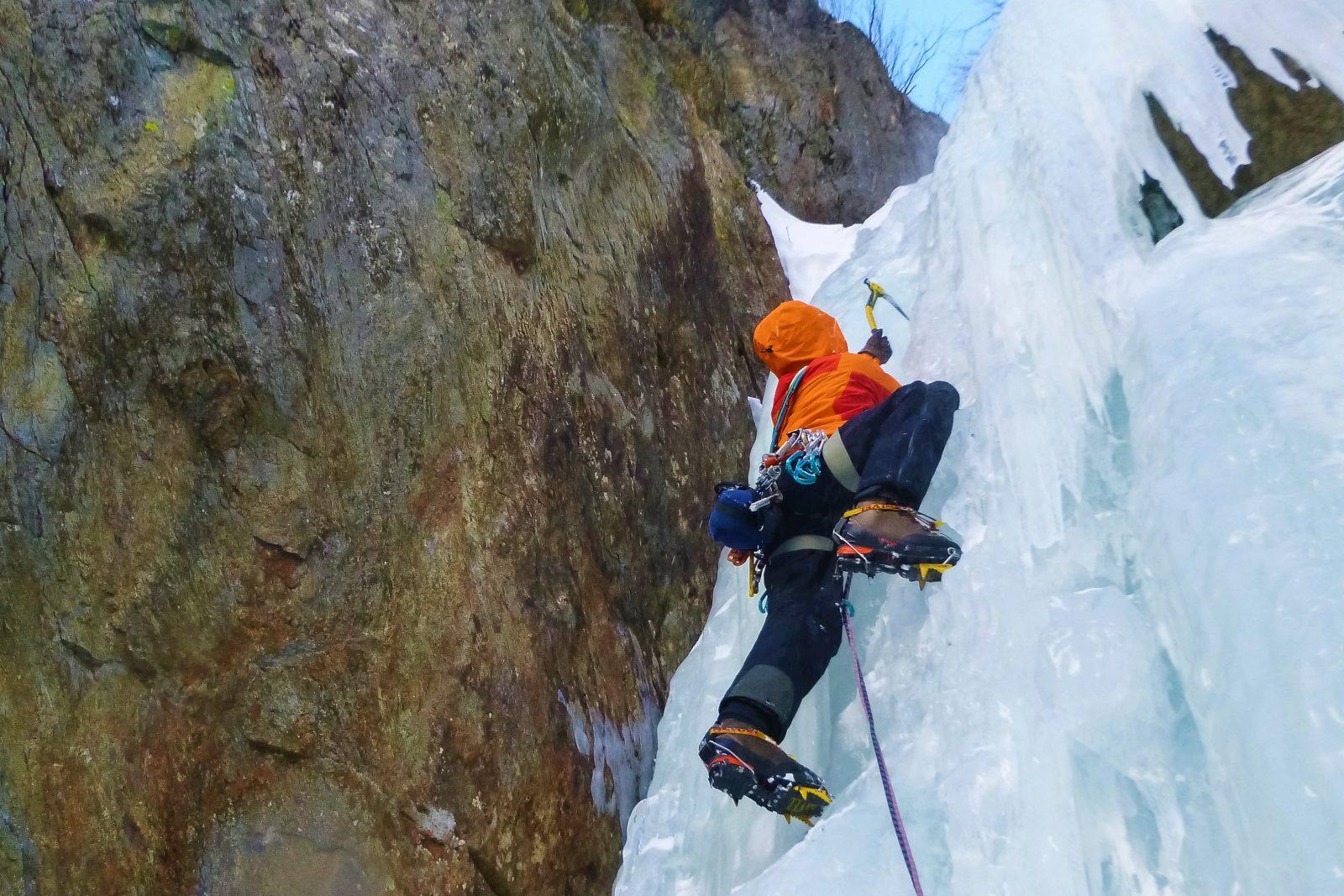 Eisklettern, Foto: Benjamin Zörer |Climbers Paradise